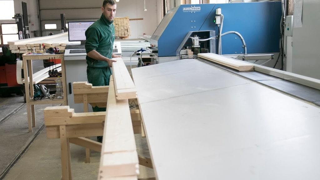 Milling LGL wall-boards, factory